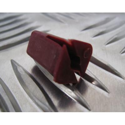 Piulita plastic tapiterie LR Defender CZA4705L
