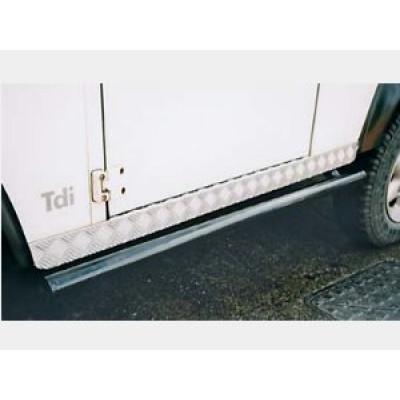 Aparatori praguri BA126 Land Rover Defender model scurt